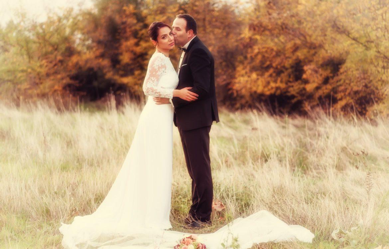 10-auytumn-wedding-photos-01