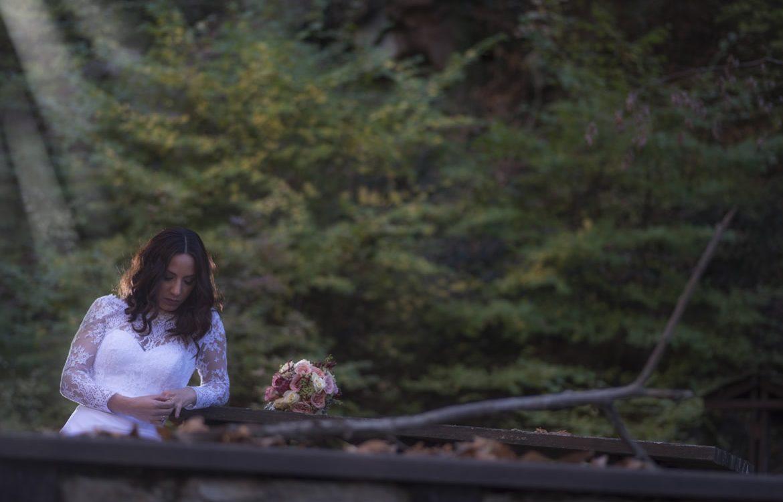 10-auytumn-wedding-photos-04